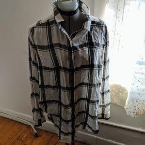 Loft black & white plaid print button down shirt.